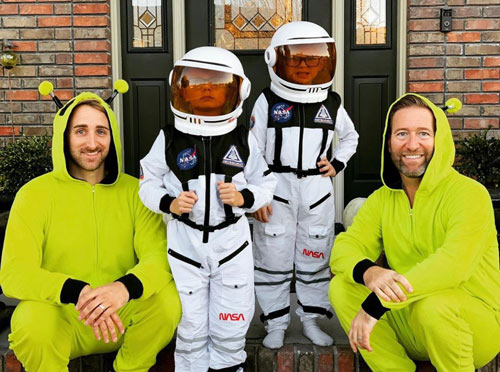 Best-Gay-Family-Halloween-Costumes-10