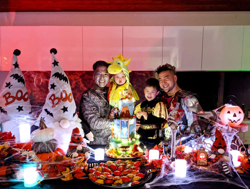 Best-Gay-Family-Halloween-Costumes-11