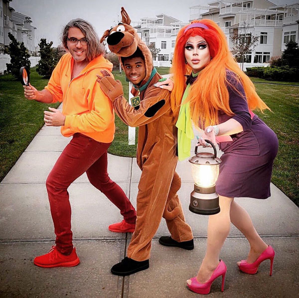 Best-Gay-Family-Halloween-Costumes-12
