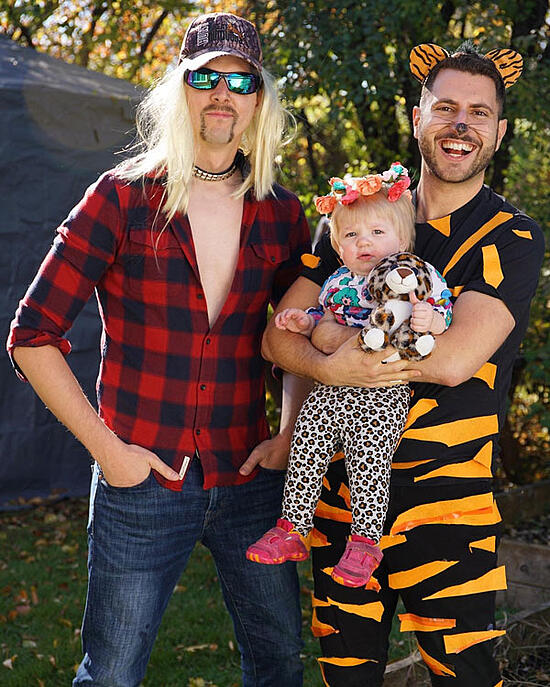 Best-Gay-Family-Halloween-Costumes-17