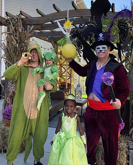 Best-Gay-Family-Halloween-Costumes-21