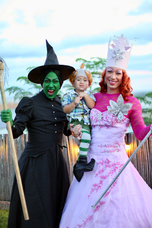 Best-Gay-Family-Halloween-Costumes-7