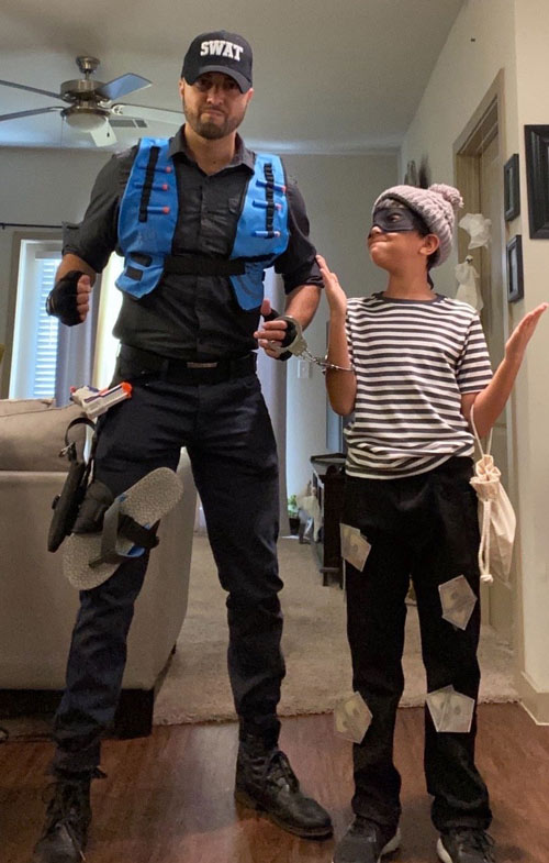 Best-Gay-Family-Halloween-Costumes-8