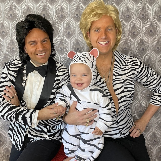 Family_Halloween_Costume_Contest_13