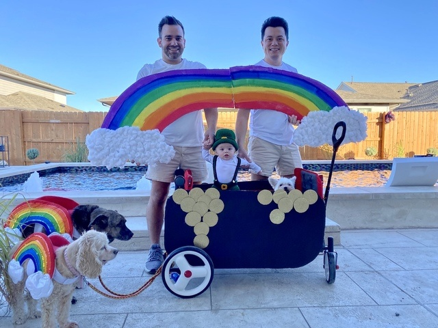 Family_Halloween_Costume_Contest_20