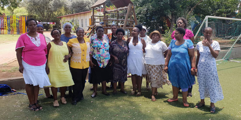 South_African_Grannies_Orphans_2